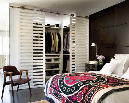 Slaapkamer met kleine inloopkast