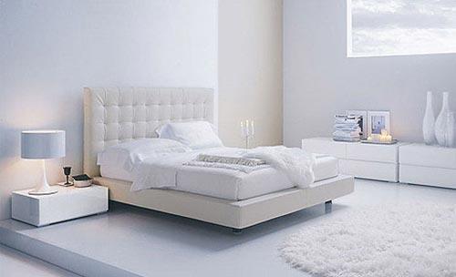 Moderne witte slaapkamer | Interieur inrichting