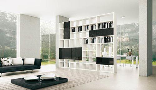 Moderne woonkamer met roomdevider