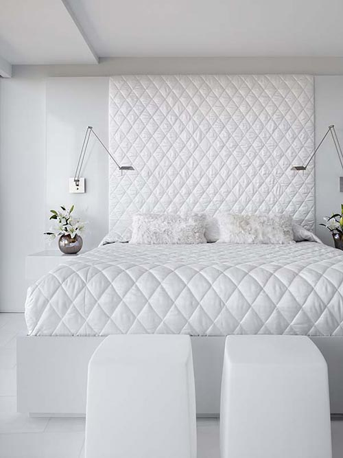 Witte slaapkamers zijn niet saai interieur inrichting - Witte hoofdeinde ...