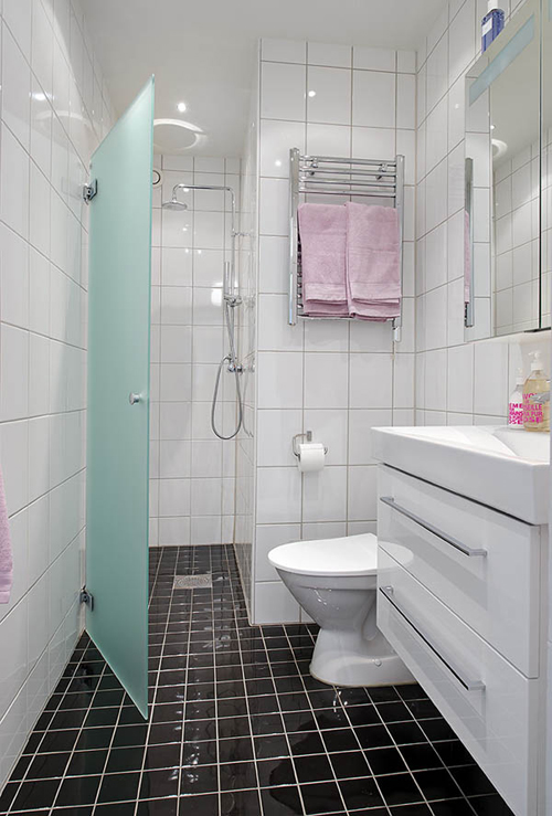 Kleine badkamer in g teborg interieur inrichting - Indus badkamer ...
