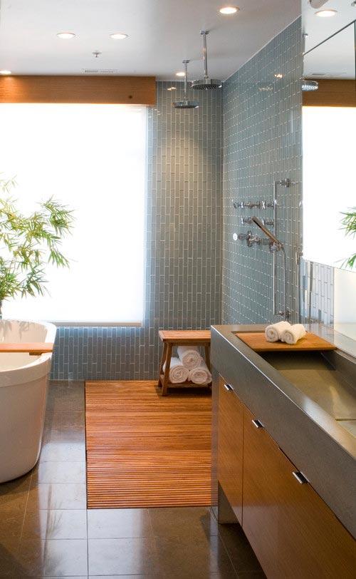 Moderne badkamer met tegels en hout | Interieur inrichting