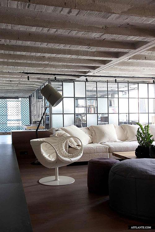 Interieur industriele loft door EseStudio