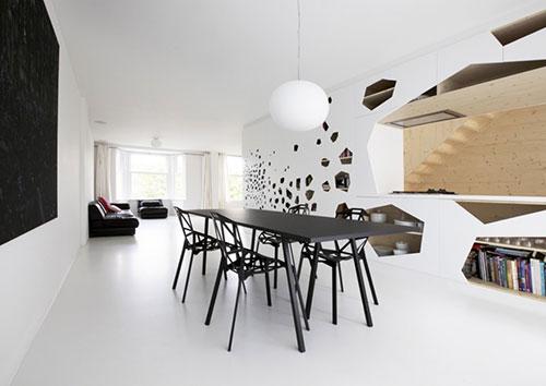 Witte Minimalistische Woonkeuken : Minimalistische keuken met open karakter interieur inrichting