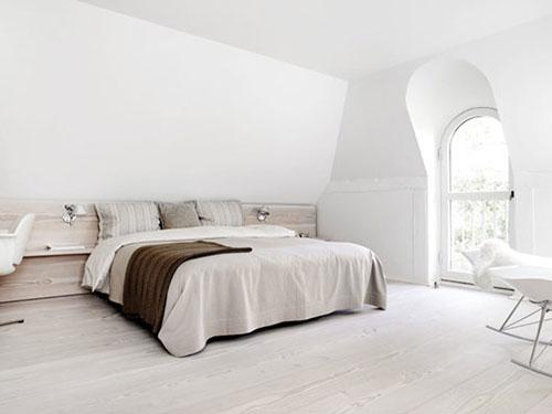 Witte serene slaapkamer van thomas heidi interieur inrichting - Witte muur kamer ...