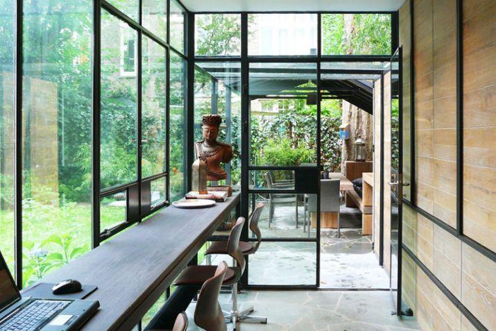 Aanbouw vervangen met stalen constructie interieur inrichting - Interieur van een veranda ...