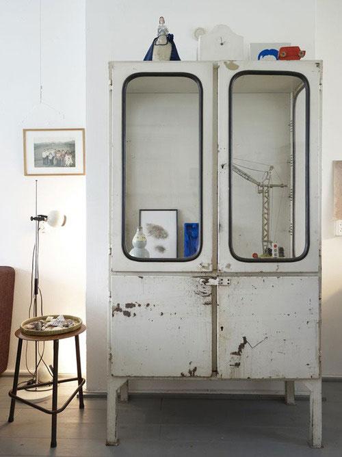 Apothekers vitrinekast interieur inrichting - Puertas de cochera segunda mano ...