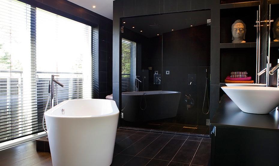 Badkamer met inloopdouche voor interieur inrichting