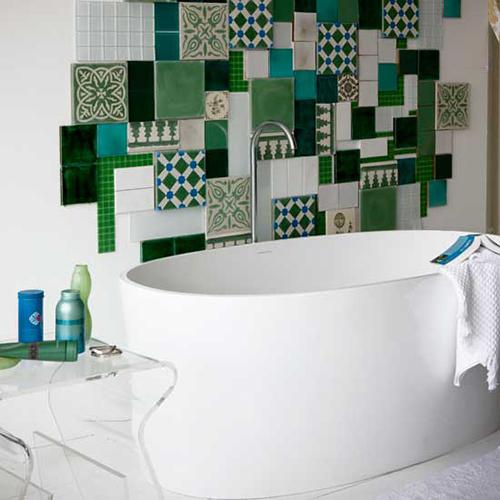 Badkamer Ideeen Met Mozaiek : Badkamer ontwerpen met moza?ek tegels ...