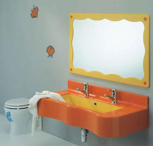 Badkamer sanitair voor kinderen