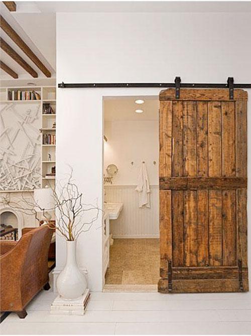 Badkamer met schuifdeur van hout | Interieur inrichting