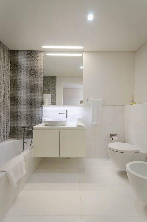 Badkamers voorbeelden mozaïek tegels combinatie