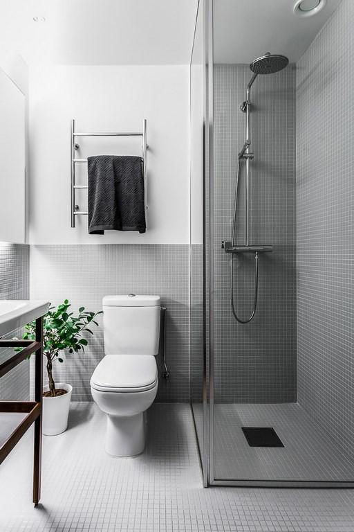 Badkamers voorbeelden mozaïek tegels scandinavisch