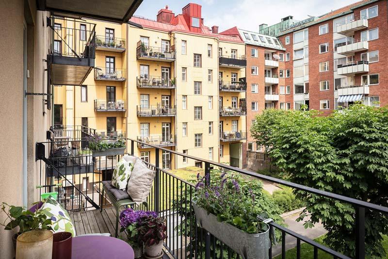balkon planten aan reling