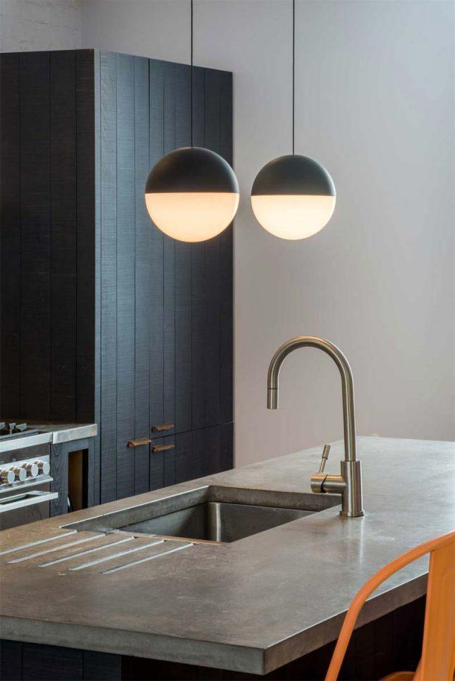 Keukeneiland met betonnen aanrechtblad