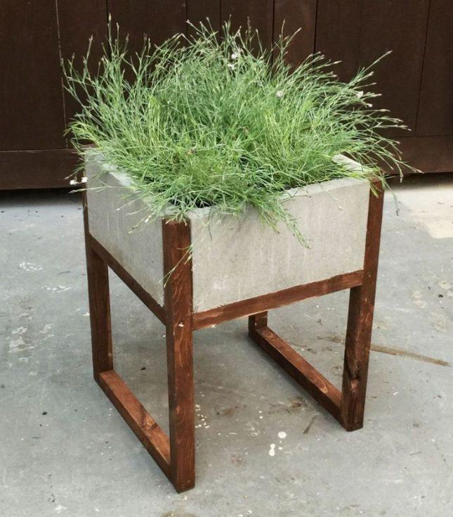 Betonnen plantenbak op poten maken