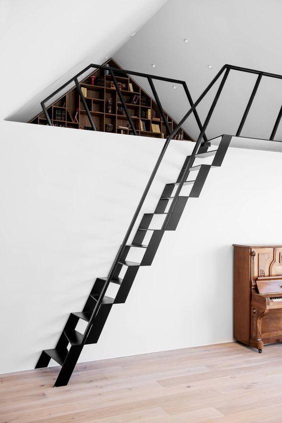 bibliotheek-entresol-trap