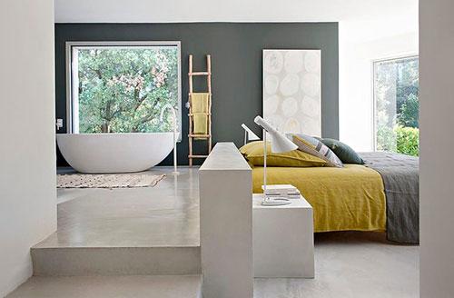 binnenkijken in vakantiehuis in zuid frankrijk interieur inrichting. Black Bedroom Furniture Sets. Home Design Ideas