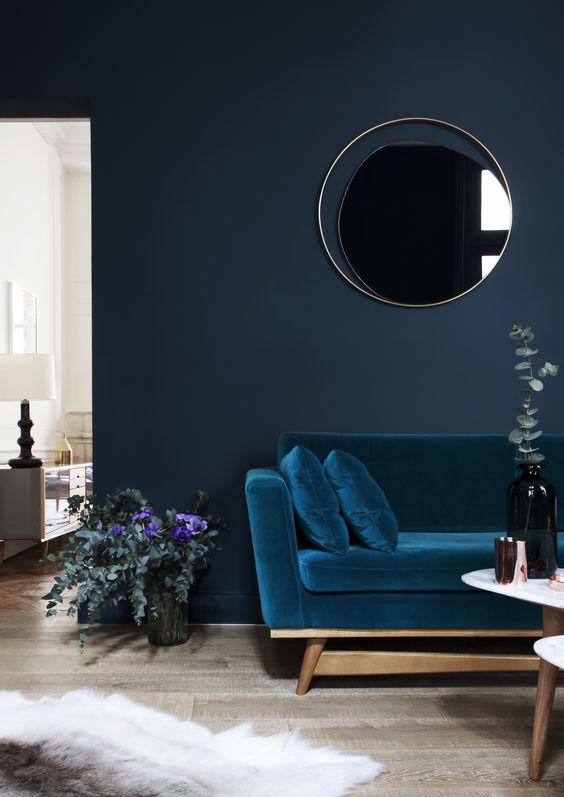 http://www.interieur-inrichting.net/afbeeldingen/blauwe-bank.jpg