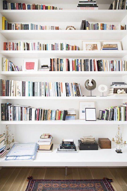 Boekenplanken woonkamer