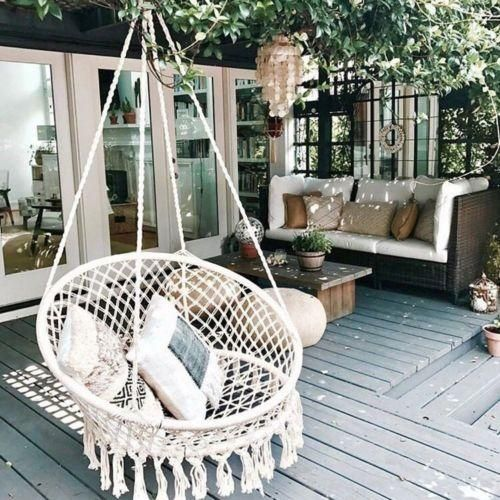 Bohemian macrame hangstoel tuin