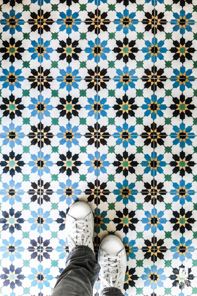 cementtegels-kleurrijk-patroon