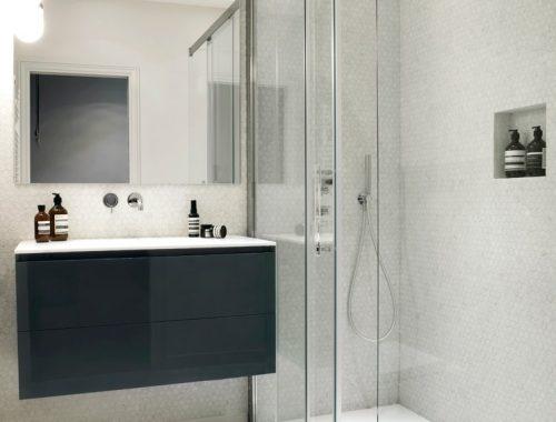 Kleine badkamer interieur inrichting - Badkamer klein gebied m ...