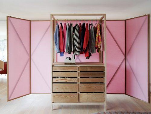 Combinatie van kledingkast en roomdivider