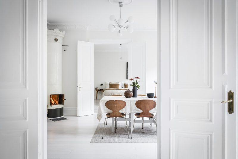 Brandblokken In Interieur : Compenseer een wit interieur met houten elementen interieur