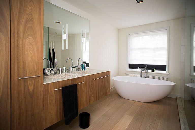 Design badkamer suite interieur inrichting - Luxe badkamer design ...