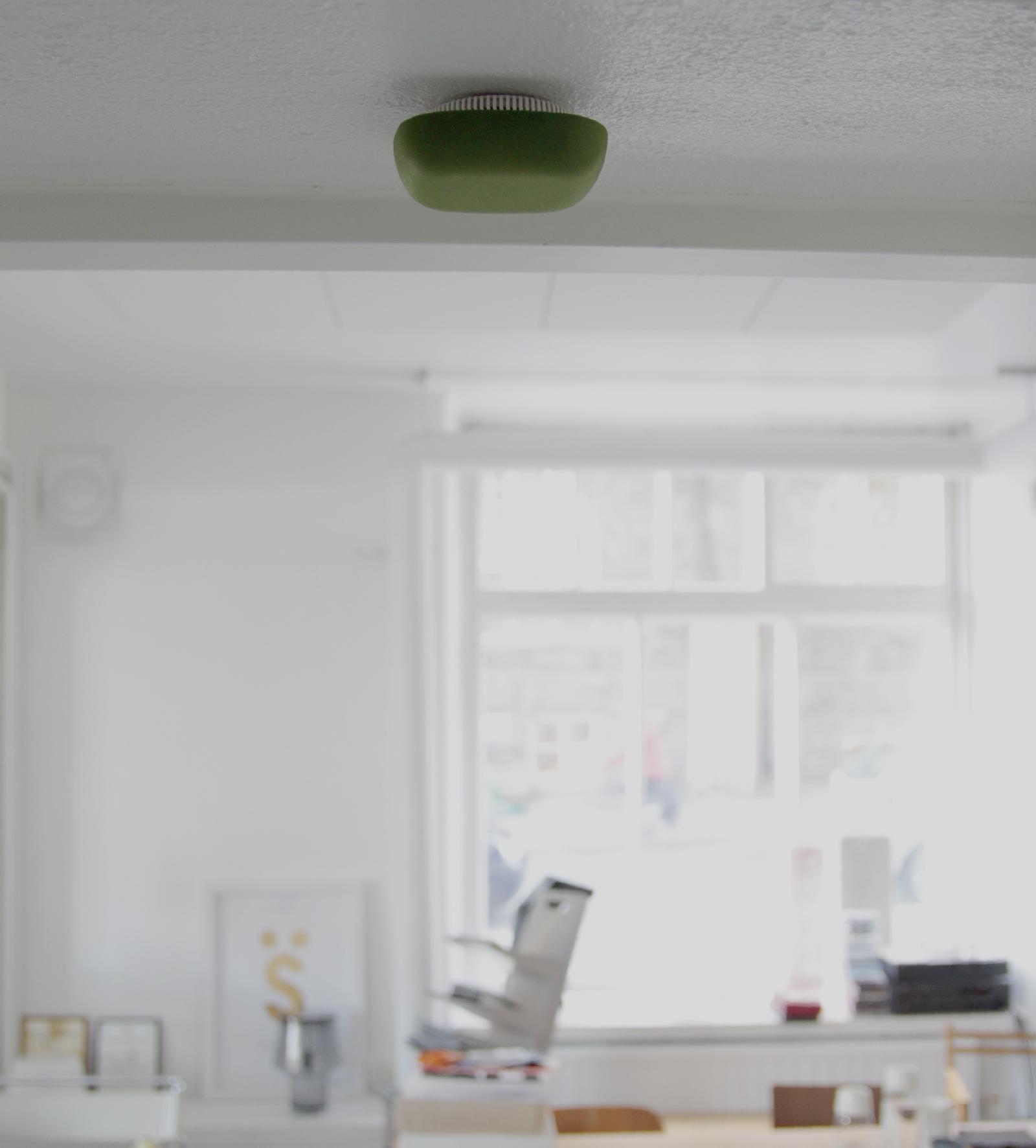 design rookmelder van jalo helsinki interieur inrichting. Black Bedroom Furniture Sets. Home Design Ideas