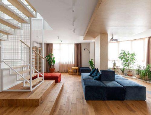 Deze moderne design bordestrap is de blikvanger in dit interieur!