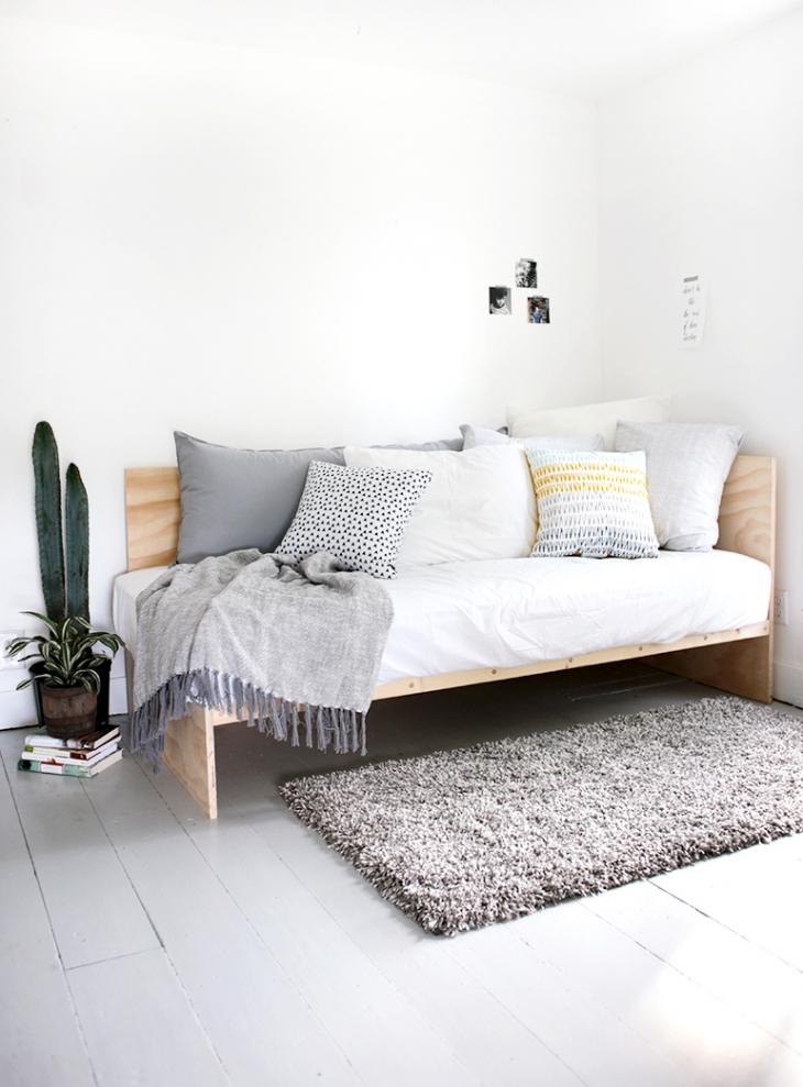 DIY daybed van underlayment