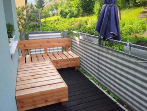 DIY houten vlonders bank op balkon
