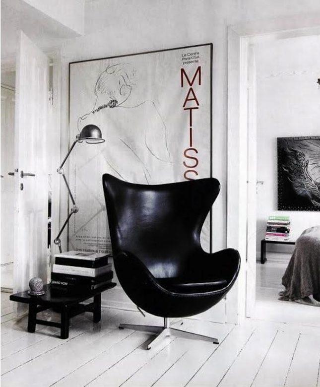Grote lijsten in huis interieur inrichting - Poltrone di design famose ...