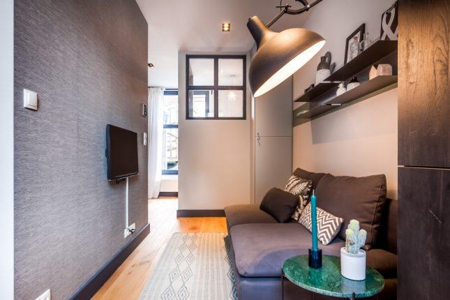 Eén huis verbouwd naar drie kleine appartementen
