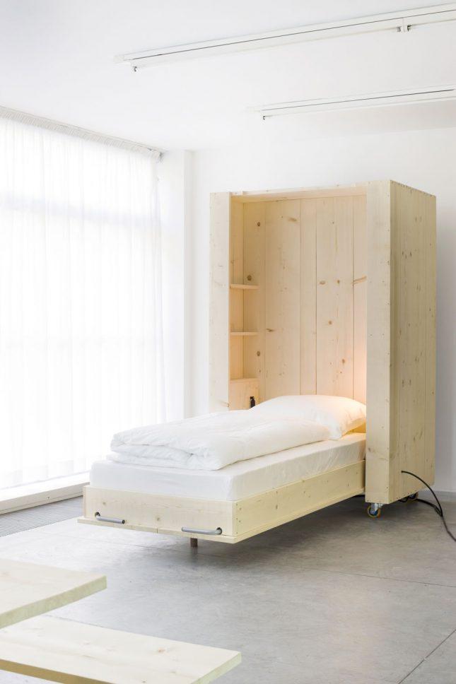 Flexibele dennenhouten meubels van het Atelierhouse