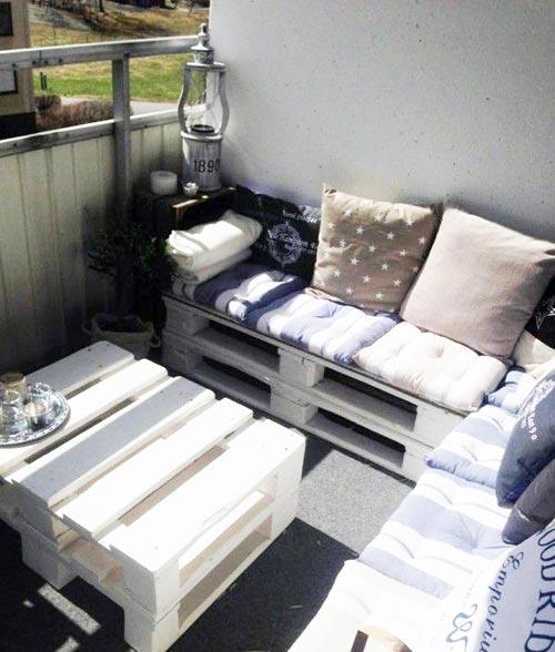 Zithoek slaapkamer : Gezellig zithoekje op balkon Interieur inrichting