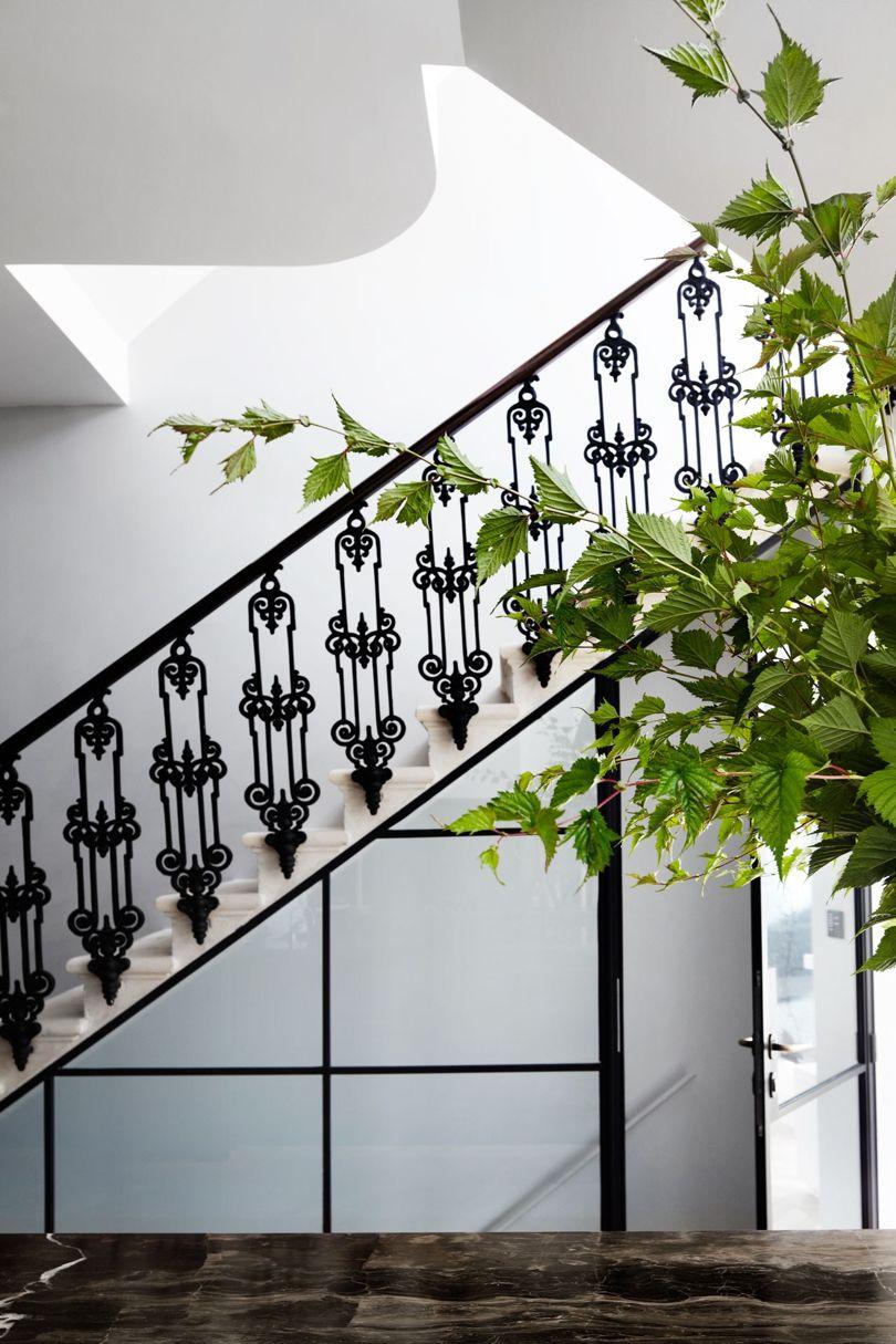 Glamoureuze trap van een prachtig herenhuis