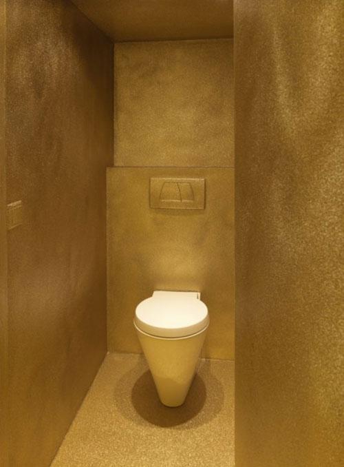 Gouden toilet interieur inrichting - Spiegel wc ontwerp ...