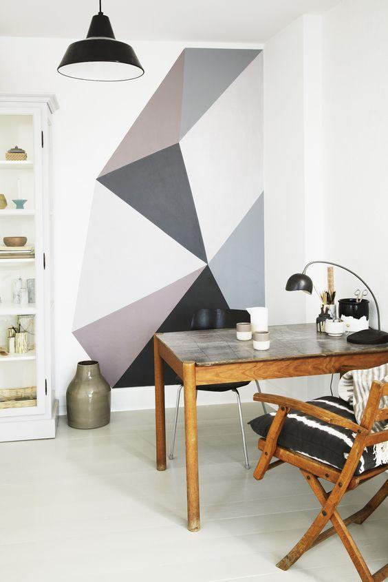 grijze-geometrische-vormen-muur