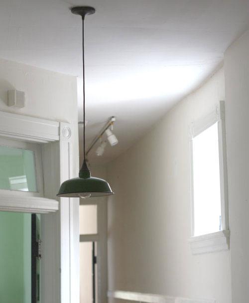 Groene lamp hal