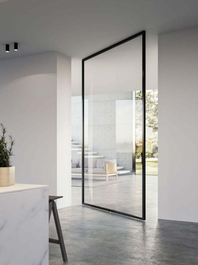 Grote glazen taatsdeur met stalen frame