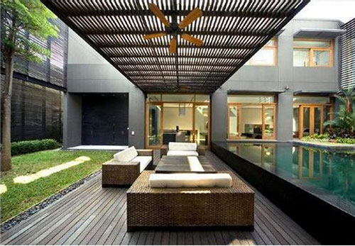 Grote moderne tuin
