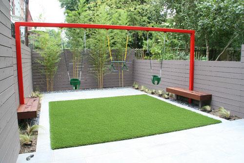 Grote schommel in de tuin interieur inrichting for Inrichting tuin