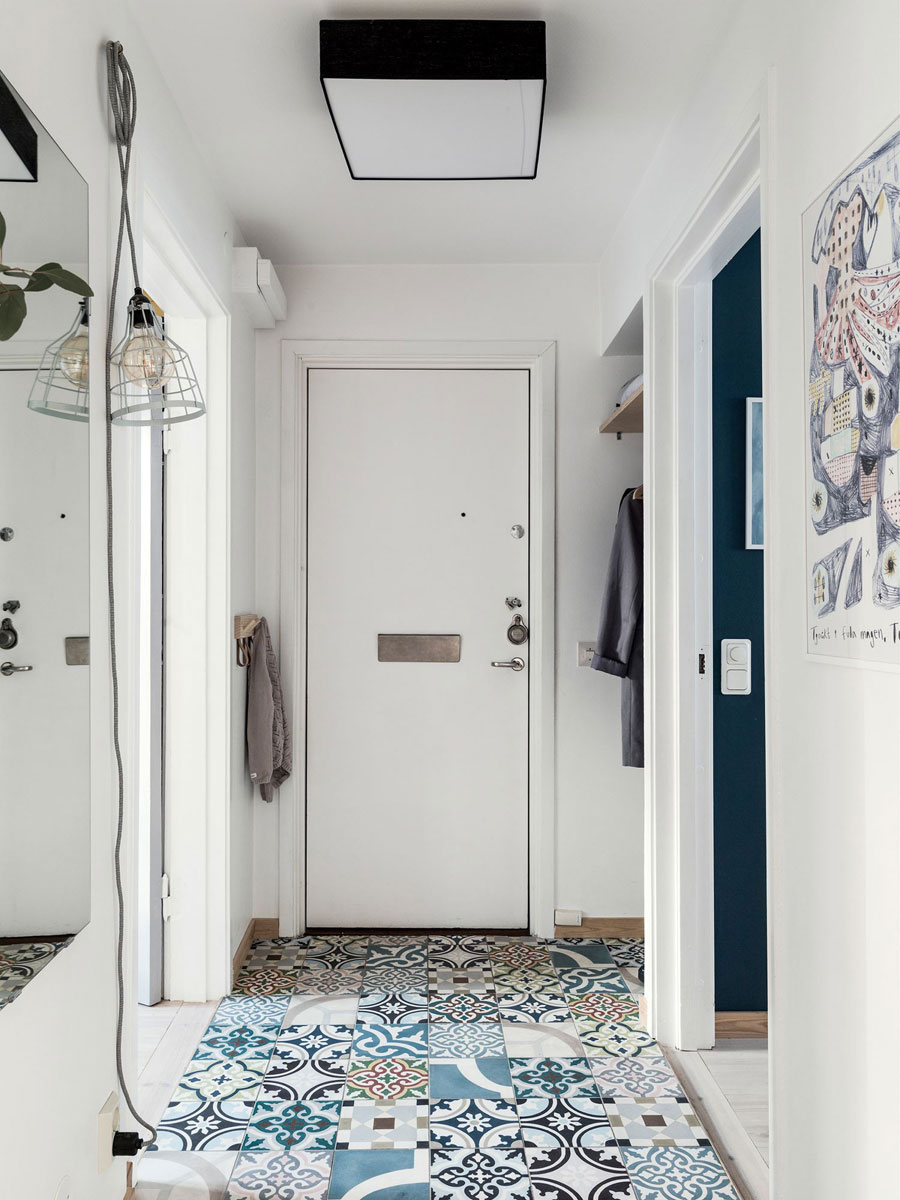Hal met kleurrijke patchwork tegels
