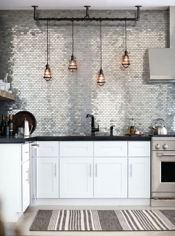 Hanglamp boven de keuken