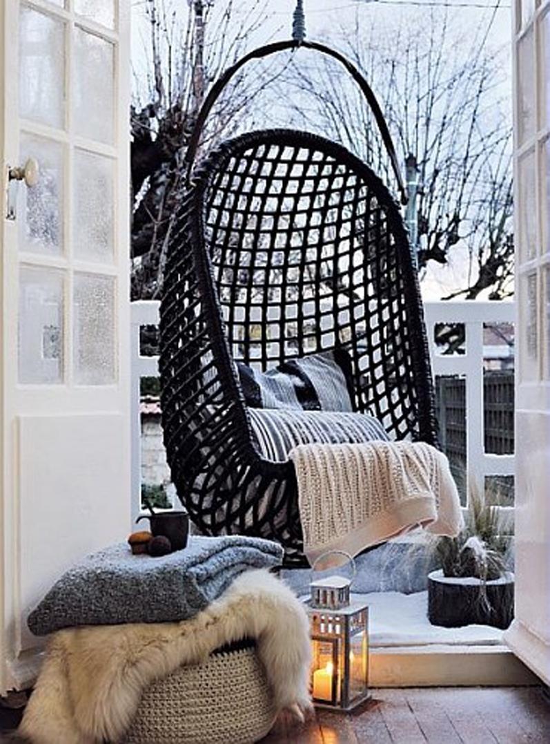 Hangstoel op balkon interieur inrichting for Interieur inrichting