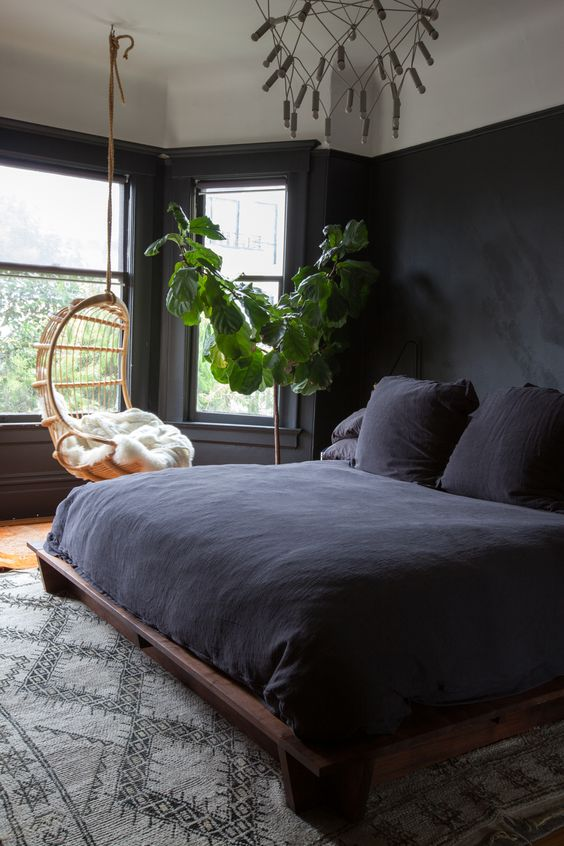 Hangstoel in de slaapkamer