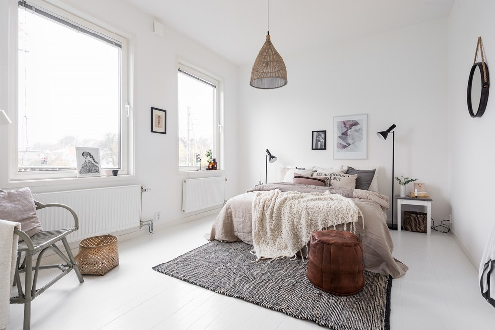 Herfst tinten in een scandinavische slaapkamer interieur inrichting